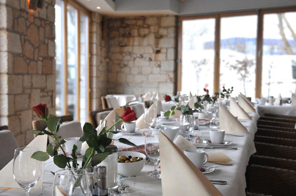 griechisches haus kalimera caf restaurant markt. Black Bedroom Furniture Sets. Home Design Ideas